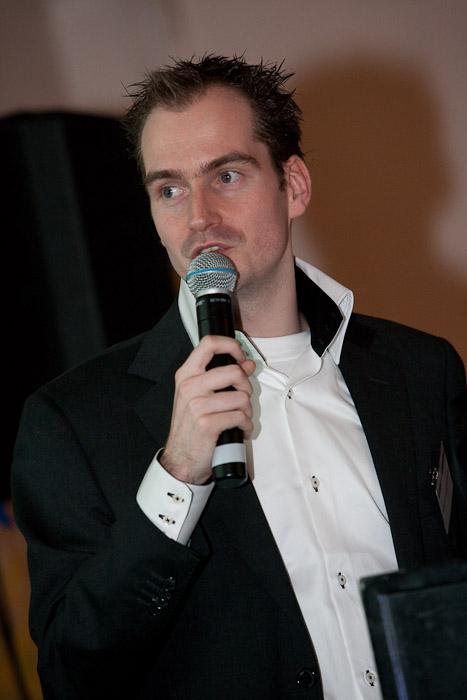 Robert Kroesbergen bij introductie Jan des Bouvrie zonwering, maart 2009